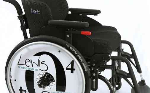O4 Wheelchairs in combinatie met orthese Lewis Seating Systems
